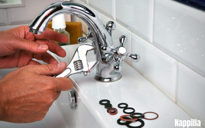 on change les robinets  - nappilla