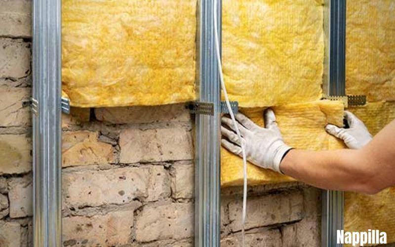 on isole les murs de la maison - nappilla
